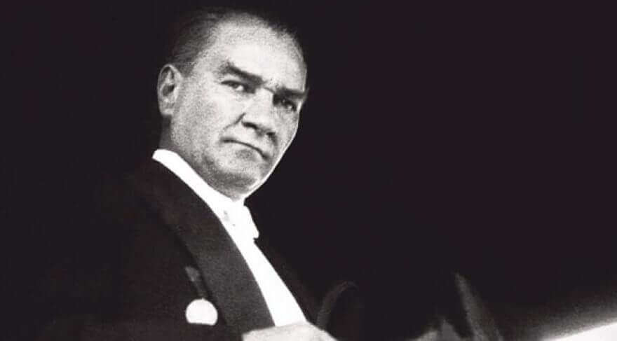 Photo of Atatürk ve Hayatı